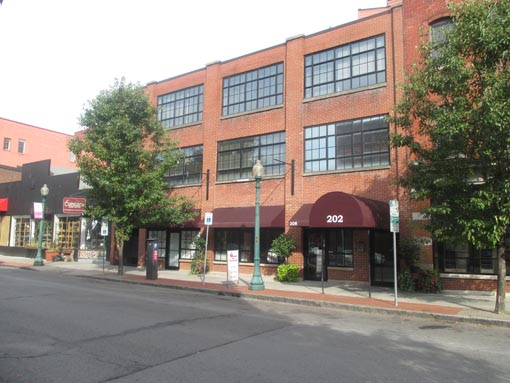 202 walton Retail Commercial rental space